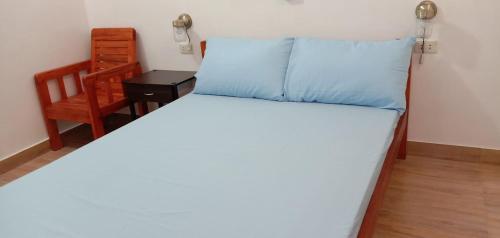 Pentaqua -Dineros Guest House, Irosin