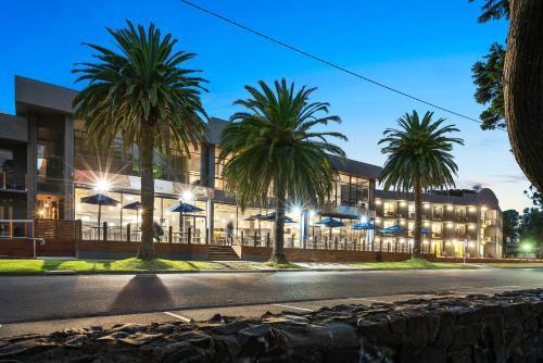 North Pier Hotel, Bass Coast  - Phillip Is.
