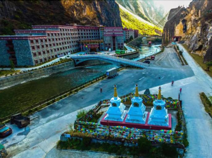 Balagezong Tibetan Ecological Hotel, Dêqên Tibetan