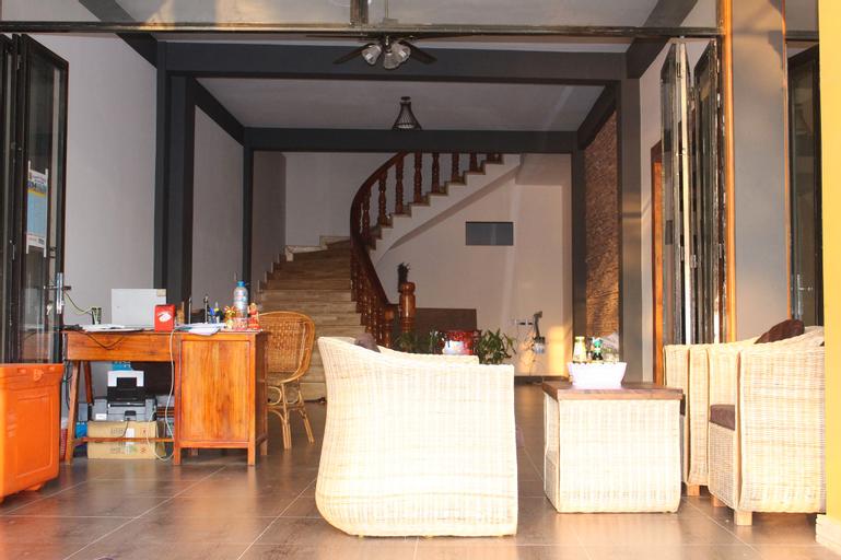 Good Morning Kampot Guesthouse, Kampong Bay