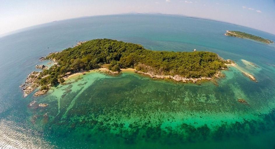 Mantakiri Island Resort Private Island, Klaeng