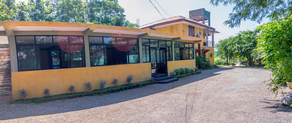 Sanoga Resort Habarana, Hingurakgoda