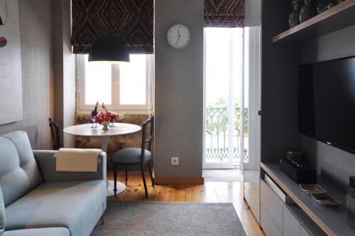 Apartment by the Sea, Porto
