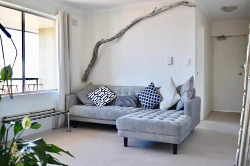 Bright and Airy TOP Floor Apartment With FAB Views, Marrickville
