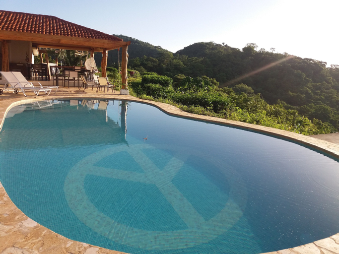 Hotel Peace & Lodge, Hojancha