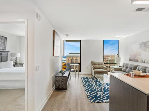 Global Luxury Suites at Reston Town Center, Fairfax