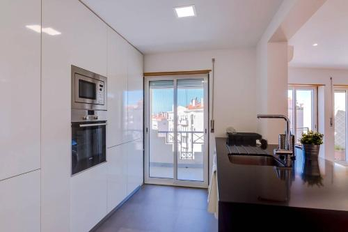 Caparica Beach 2 bed / 2 bath apartment, Almada