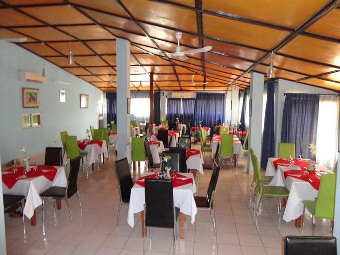 Homeland Hotel, Niamey
