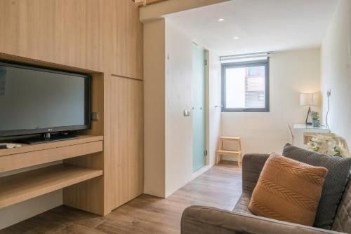 Vista Residences 2BR Suite, Queenstown