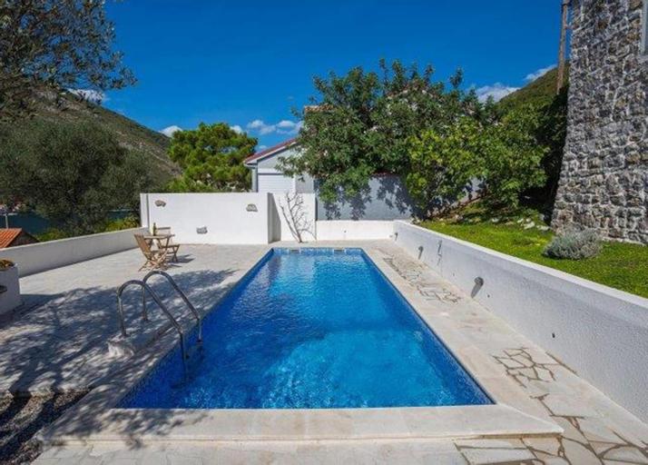 Tale House Montenegro,