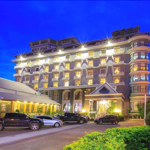 Nattirat Grand Hotel, Lom Sak