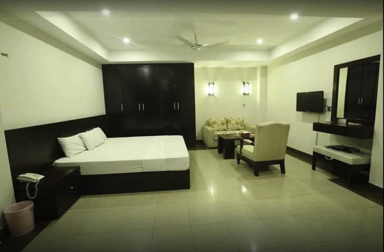 Hotel Multan Continental, Multan