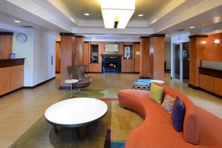 Fairfield Inn & Suites by Marriott Roanoke Hollins/I-81, Roanoke