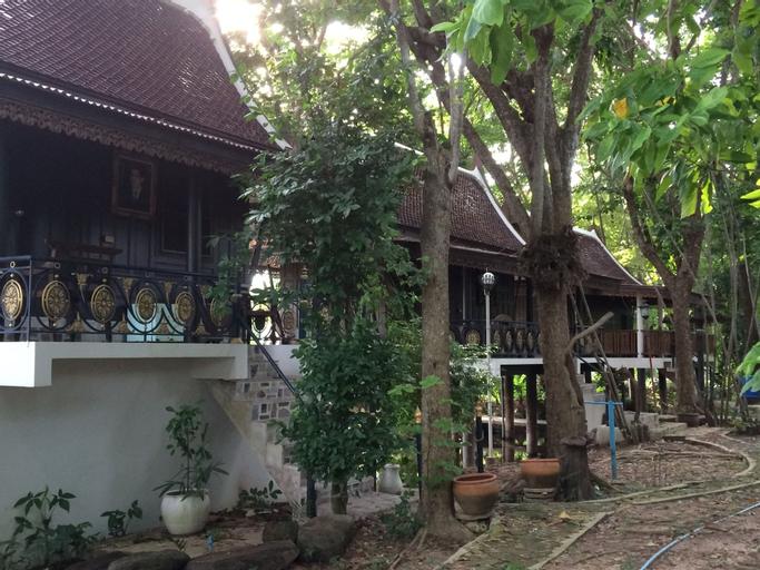 Maingam Riverside Resort, Si Prachan