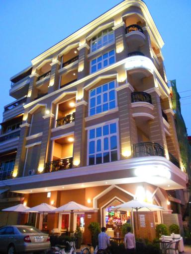 Pillar Hotel, Ruessei Kaev