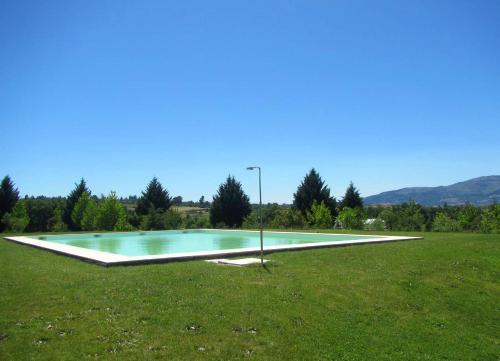 Villa with 6 bedrooms in Peraboa with wonderful mountain view private pool furnished garden, Covilhã