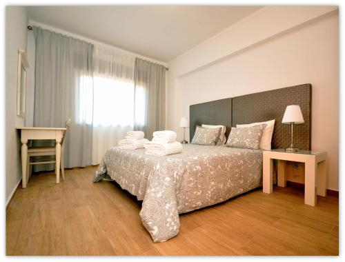 County House, Near Airport, Faro Beach, Faro