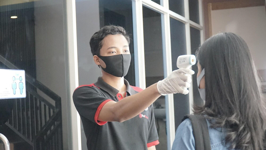 RedDoorz Plus @ Sawah Besar, Central Jakarta