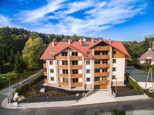 Bawaria w Dolinie Szczescia, Jelenia Góra
