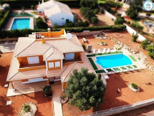 Villa Monte Canelas - Private Pool - Free Parking, Portimão