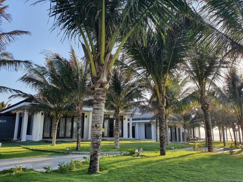 Starlight Villa Beach Resort & Spa, Hàm Thuận Nam