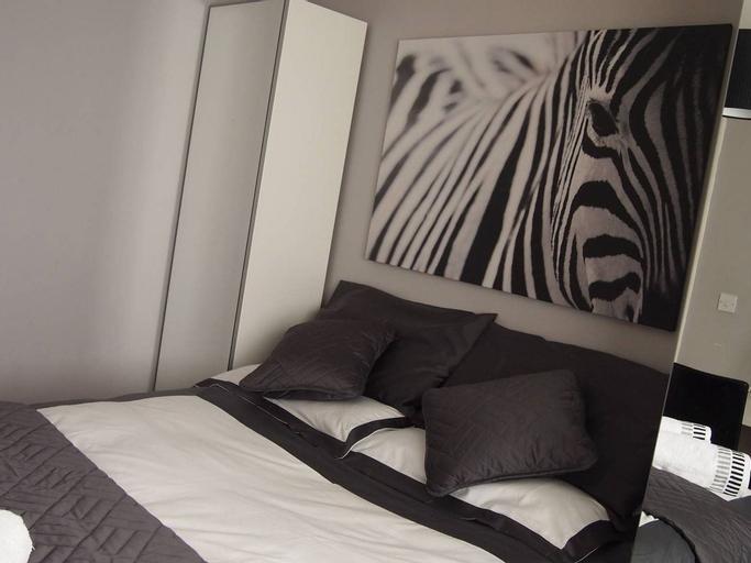 2 Bedroom Apartment With Juliet Balcony, Gateshead