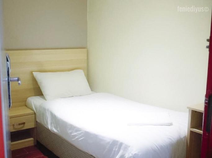 Hotel 18, Kinta