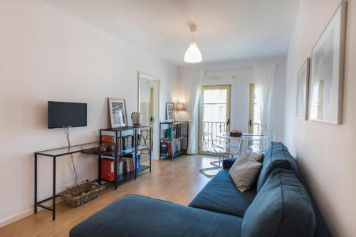 Worldly, welcoming flat in Campo Pequeno, Lisboa