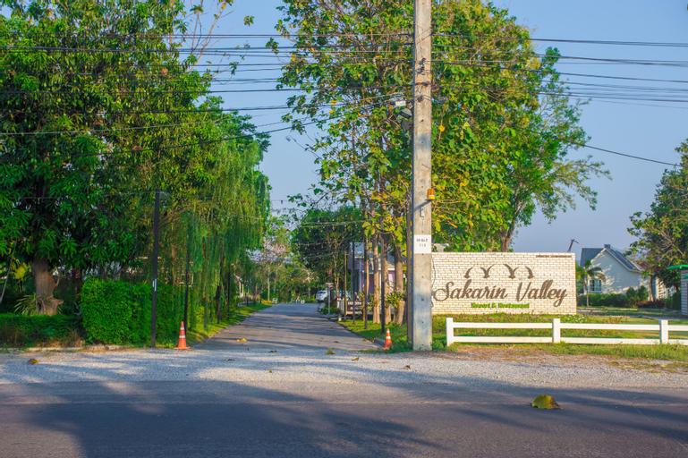 Sakarin Valley Resort&Restaurant, Muang Kanchanaburi