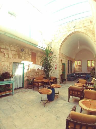 Turquoise, Nablus