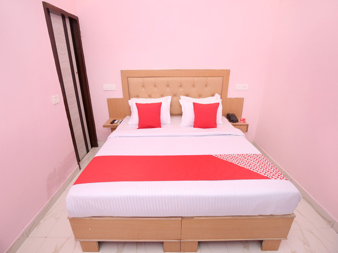 OYO 13119 Hotel Skydeep, Sahibzada Ajit Singh Nagar