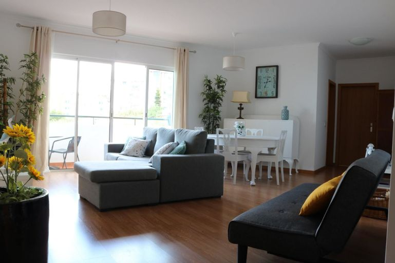 Apartment With one Bedroom in Caniço, With Wonderful sea View, Enclose, Santa Cruz