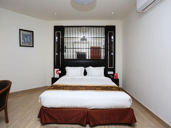 OYO 15384 Hotel New anand palace, Aligarh