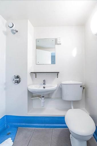 321 f · Stylish Single Room In New Cross Gate, London