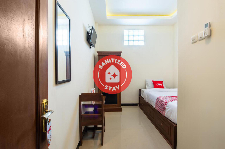OYO 3137 Aisyah Guest House Syariah, Mojokerto