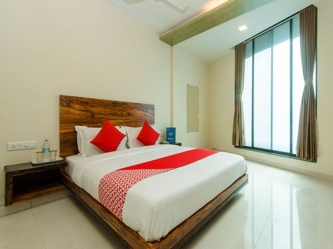 OYO 11747 Hotel Sai Comforts, Palghar