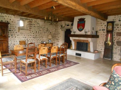 Abbaye Laique Le Bastion Labbadie, Pyrénées-Atlantiques