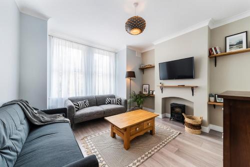 Lovely modern apartment - Fast 100Mbps WiFi - Netflix, London