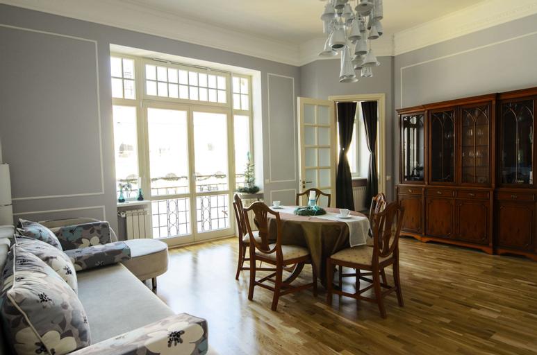 Ratusha apartment, L'vivs'ka