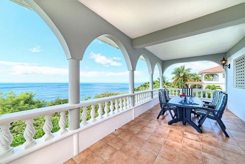 Caribbean Sea View Holiday Apartments,