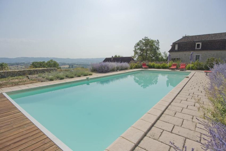 House With 5 Bedrooms in Fons, With Wonderful Mountain View, Private P, Lot