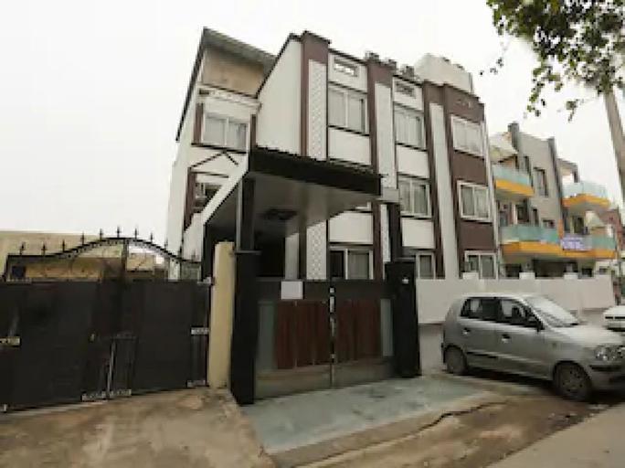 OYO 11451 The Avenue residency, Gurgaon