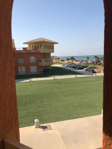 Chalet VIP in Porto South Beach,Sea View, 'Ataqah