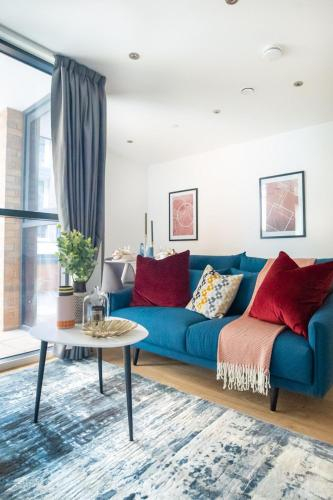 Contemporary Apartments, WEMBLEY - SK, London