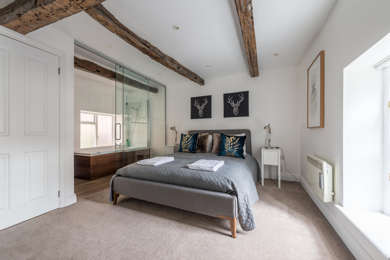 Hampden Apartments - The George, Slough