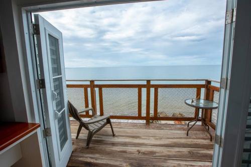 Villa Rocio Beachfront House,