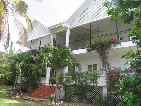 Green Roof Inn,