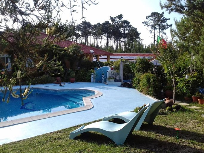 House With one Bedroom in Nazaré, With Pool Access, Furnished Garden a, Nazaré