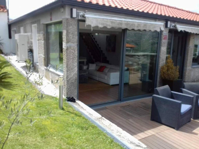 Villa With 3 Bedrooms in Douro, With Wonderful Mountain View, Private, Resende
