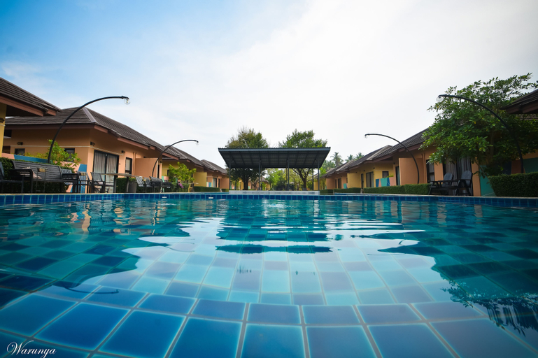 Green Adamas Resort Chumphon, Muang Chumphon